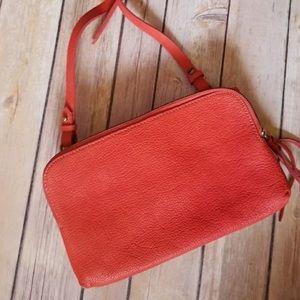 Madewell crossbody reddish color 100% leather